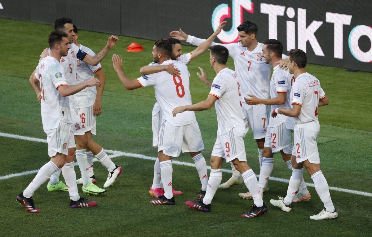 İspanya, Slovakya yı 5 golle mağlup etti #2
