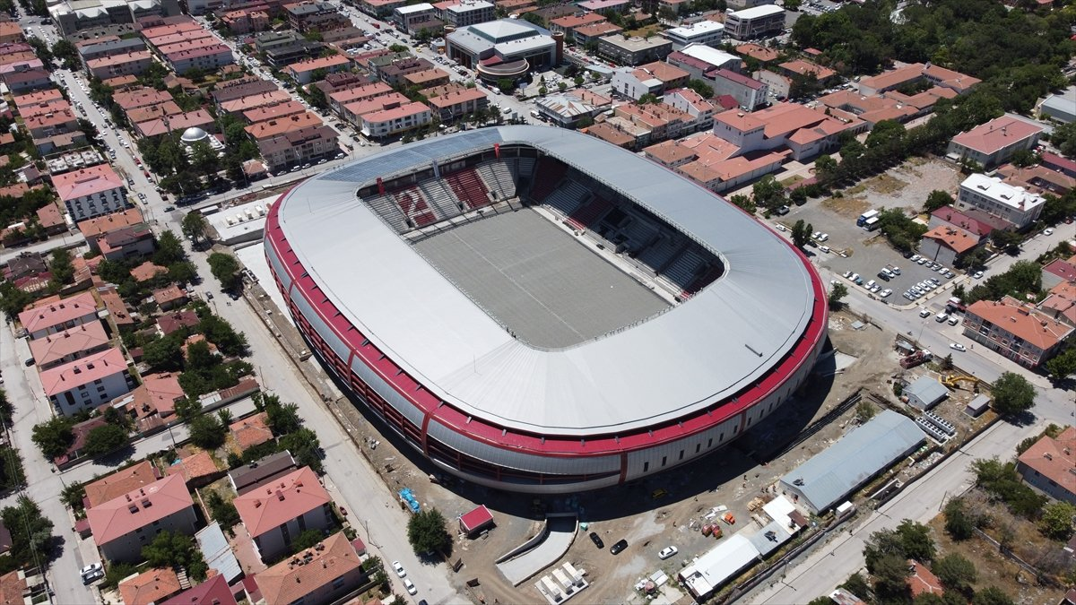 Erzincan Şehir Stadyumu nda sona gelindi #8