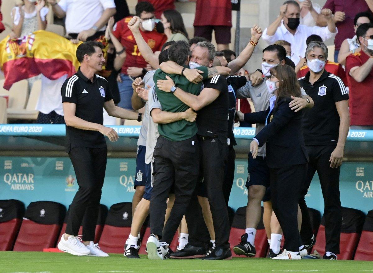 İspanya, Slovakya yı 5 golle mağlup etti #1