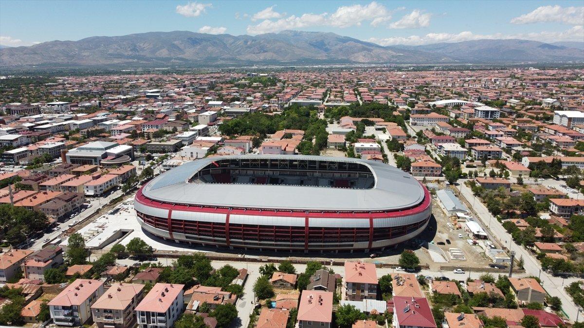 Erzincan Şehir Stadyumu nda sona gelindi #7
