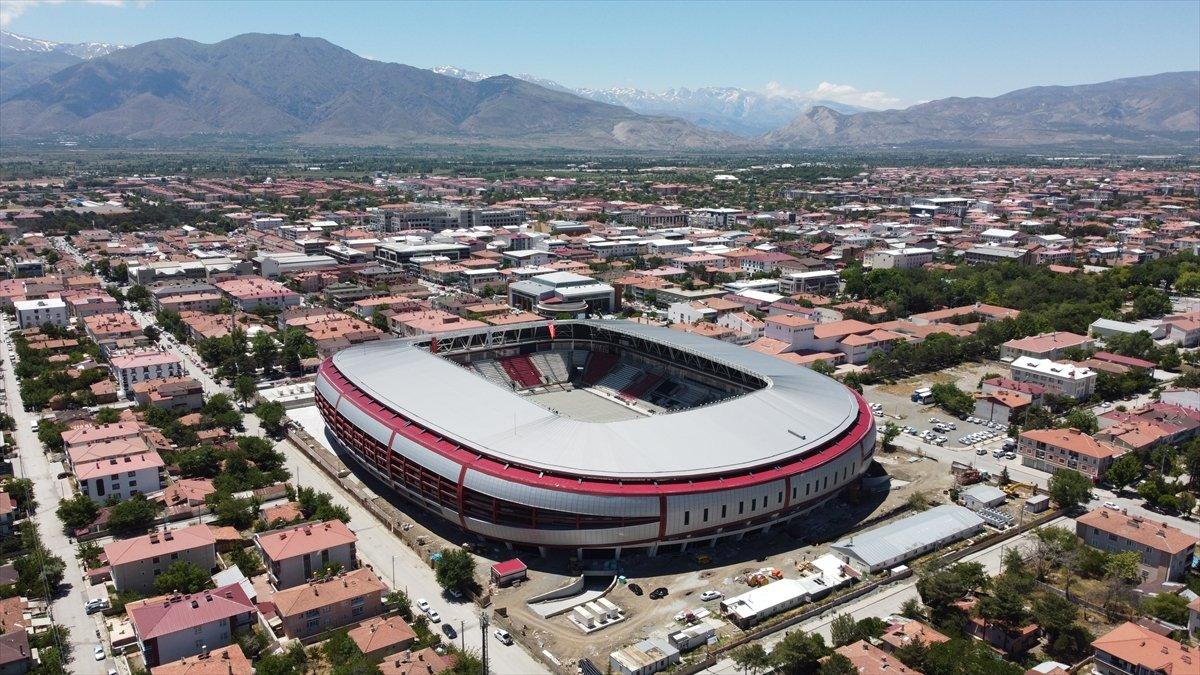 Erzincan Şehir Stadyumu nda sona gelindi #5