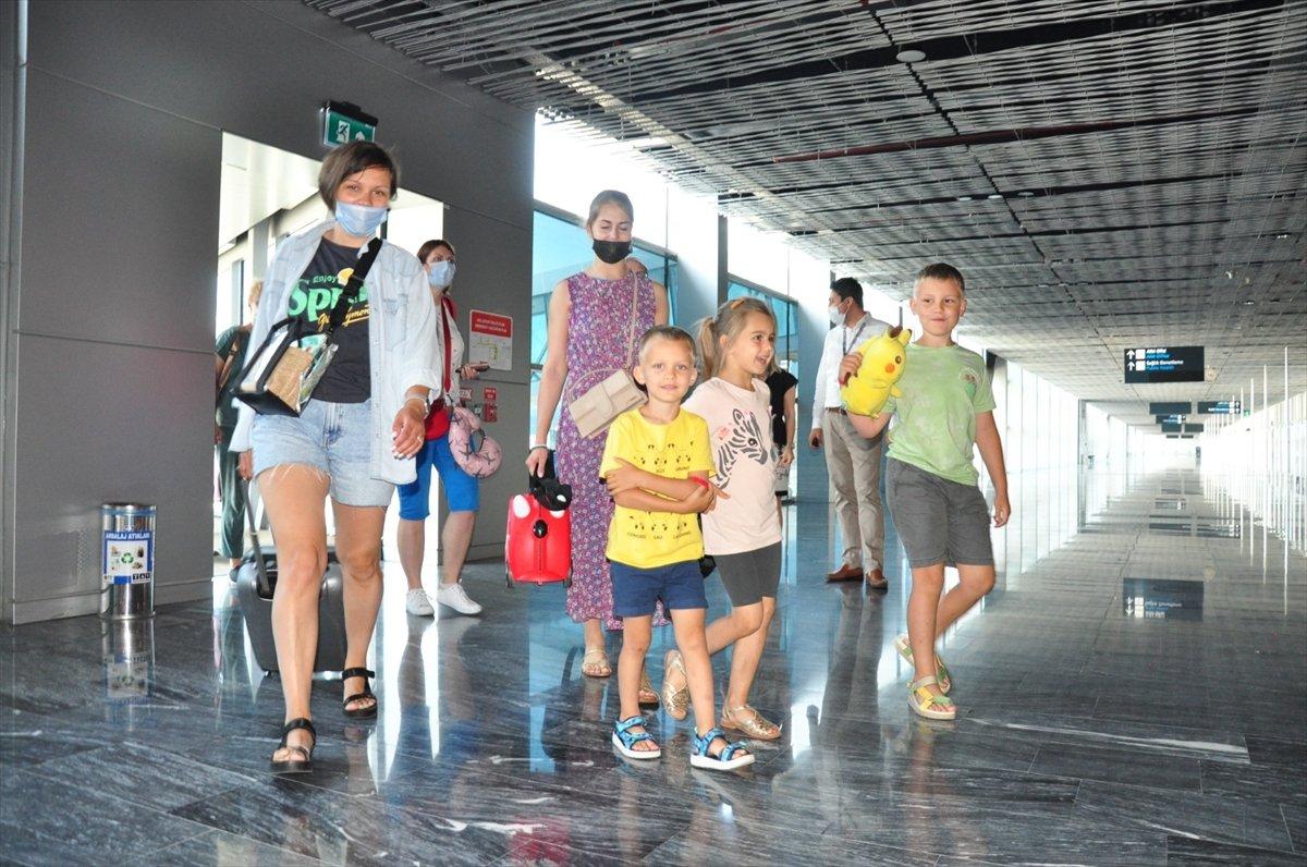 Turizmciler İngiltere nin kapıları açmasını bekliyor #3