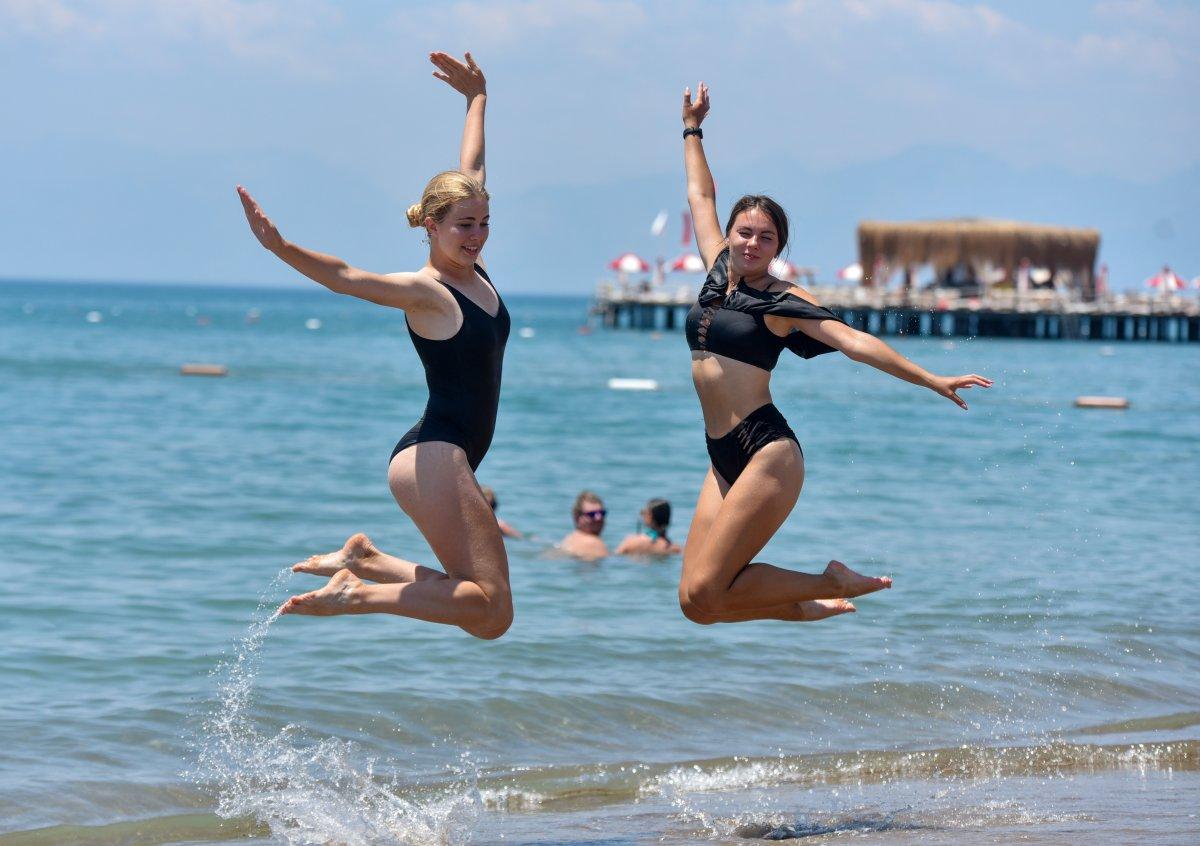 Antalya plajları normale döndü #8