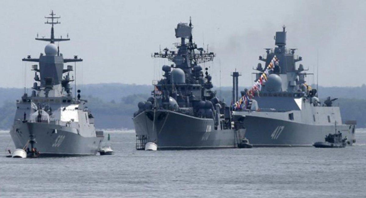 Rusya dan İngiliz savaş gemisine uyarı ateşi #1