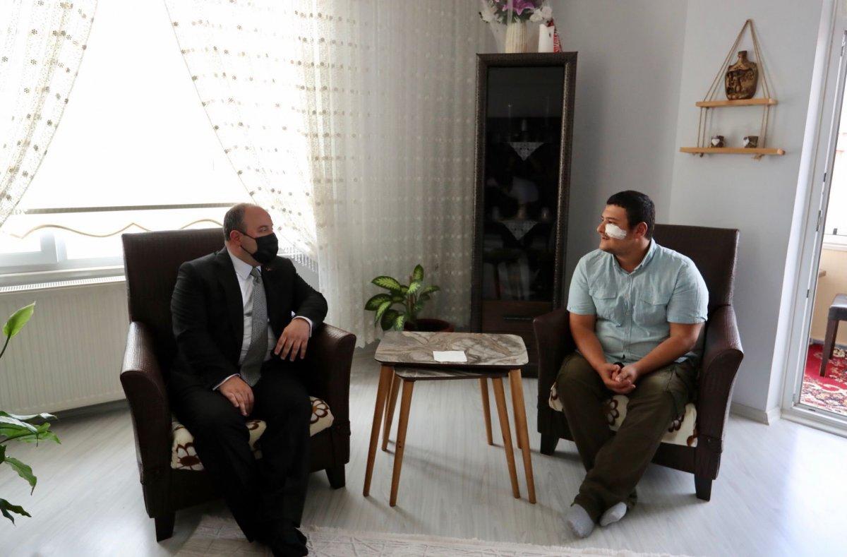 Mustafa Varank tan saldırıya uğrayan İHA muhabirine ziyaret #4