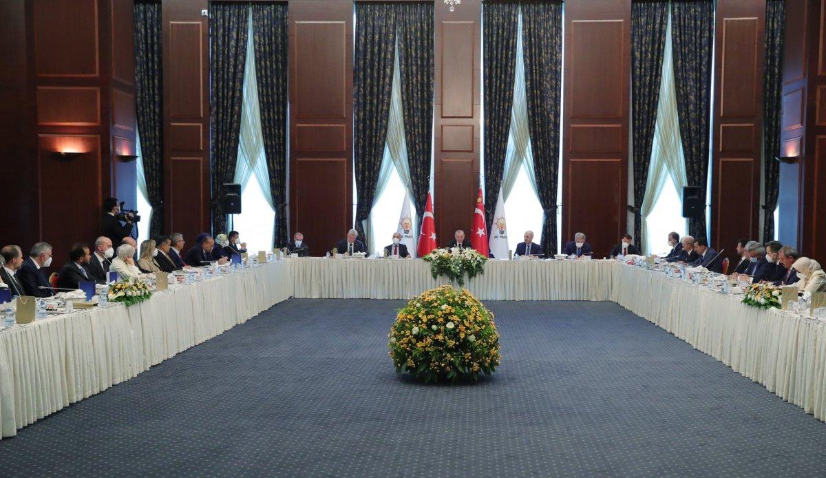 Ömer Çelik: Cumhurbaşkanımız yeni anayasa sürecine sahip çıkılsın dedi #2