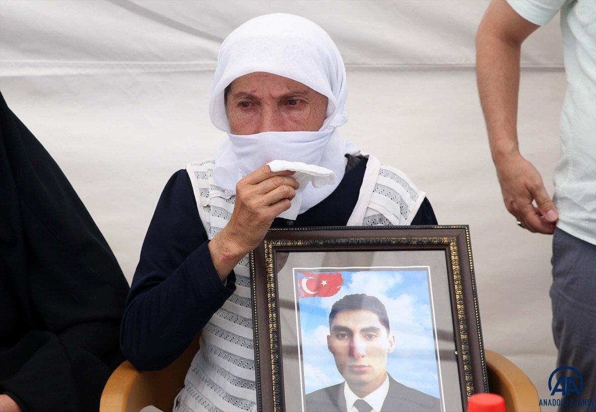 Muş ta çocukları dağa kaçırılan ailelerden HDP binası önünde eylem #5