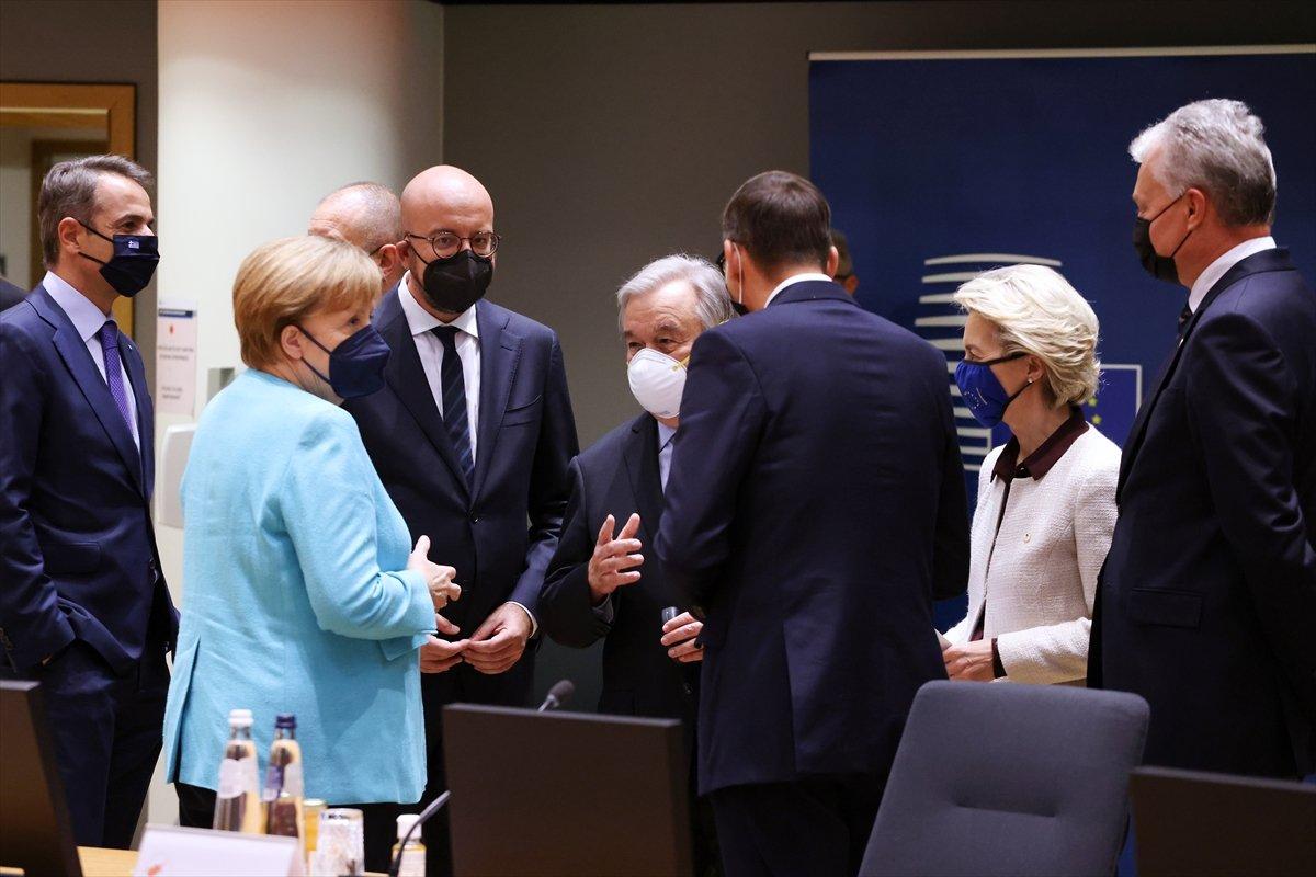 AB liderleri, göç anlaşması için Türkiye ye 3 milyar euro verilmesi üzerinde anlaştı #1