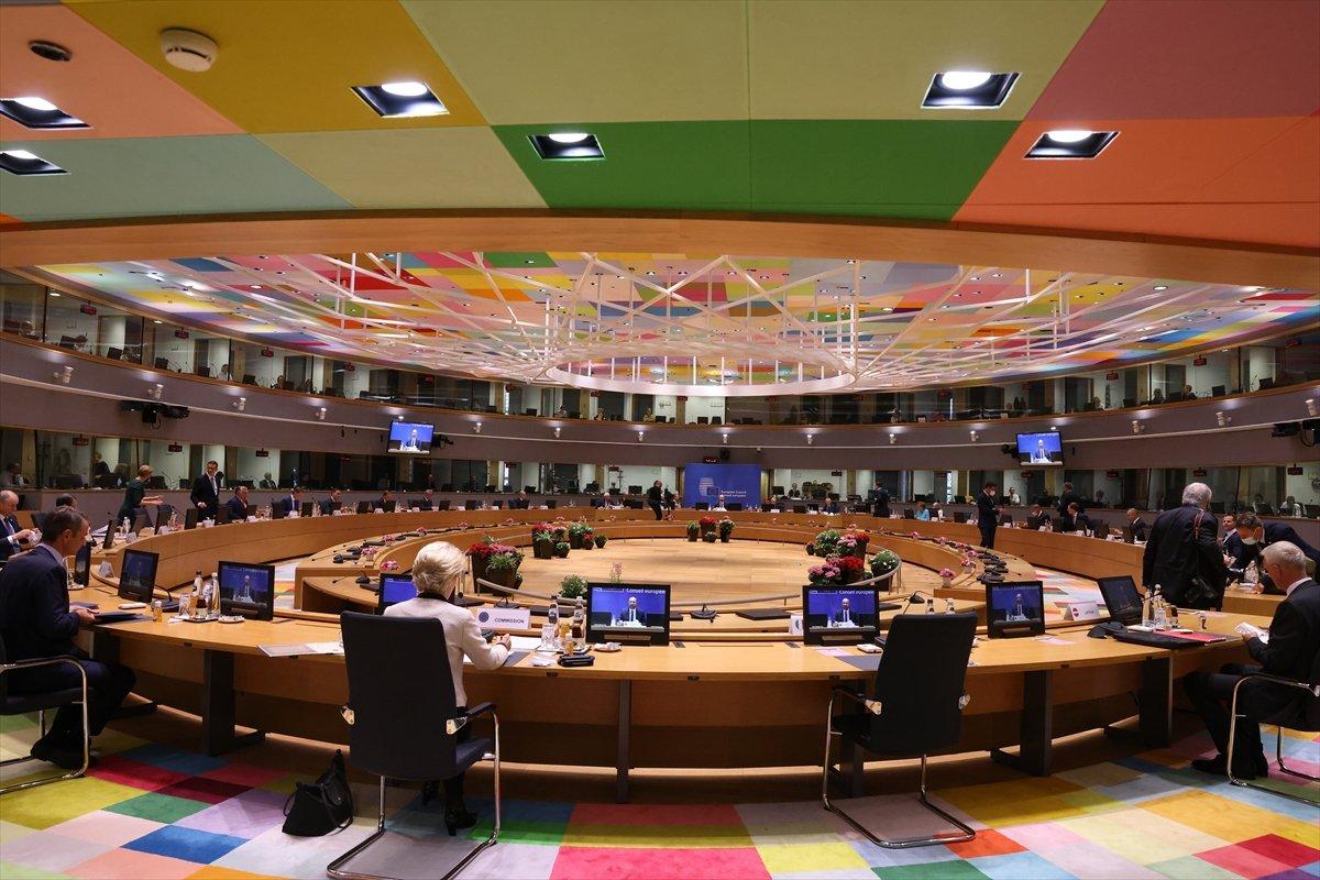 AB Zirvesi nde Macaristan ın eşcinsellik yasası tartışıldı #2