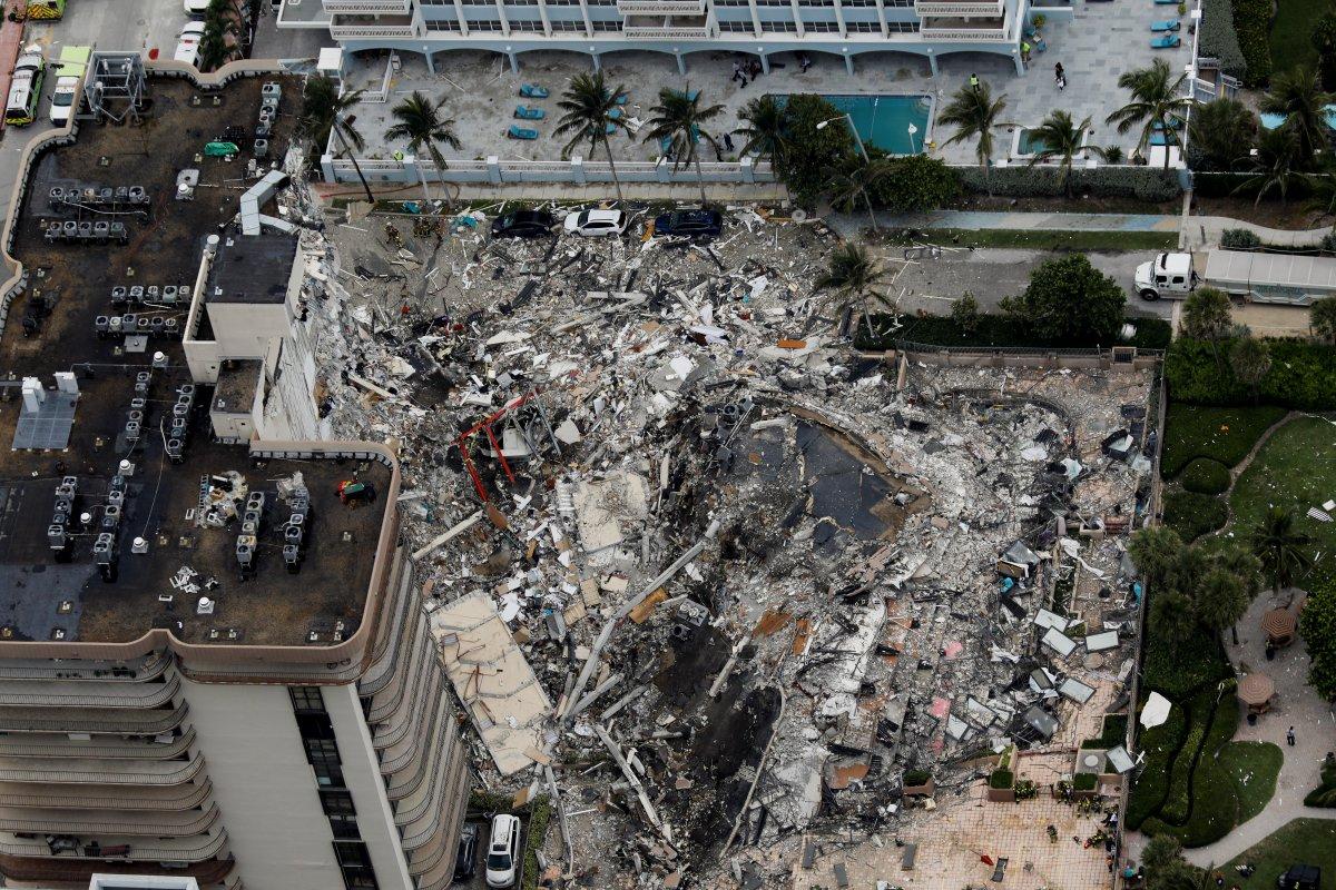 ABD de 12 katlı bina kısmen çöktü #4