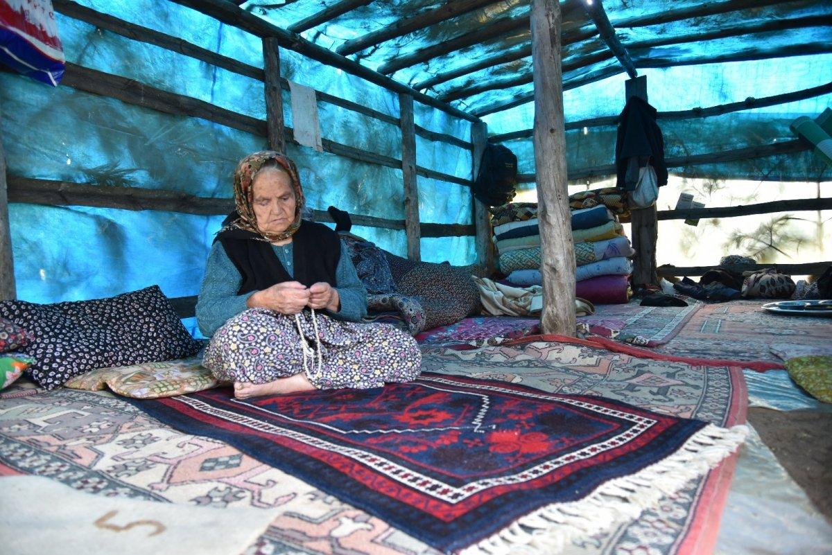 Balıkesir'de havalar ısındı, yaylaya göç başladı #7