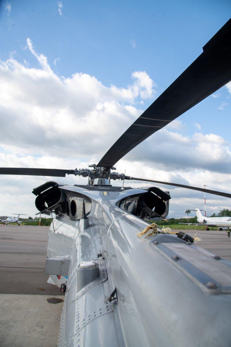 Kolombiya Devlet Başkanı Ivan Duque nin bulunduğu helikoptere silahlı saldırı #6