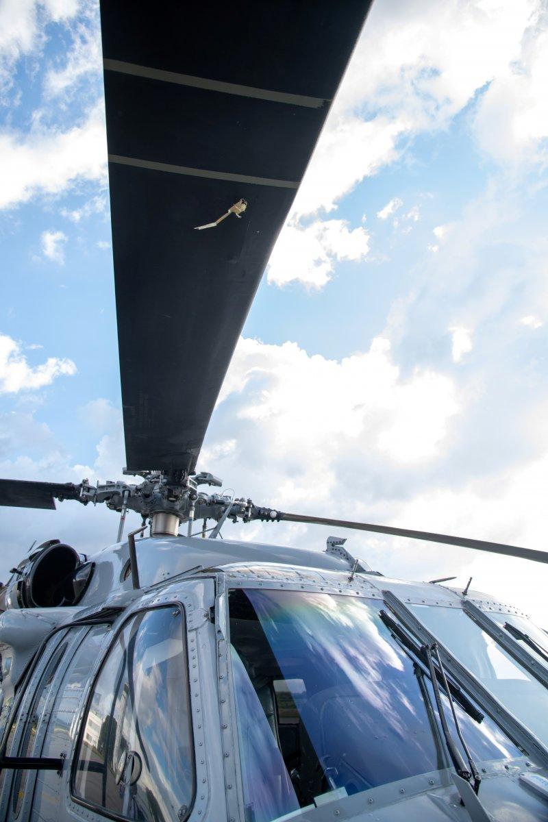 Kolombiya Devlet Başkanı Ivan Duque nin bulunduğu helikoptere silahlı saldırı #5