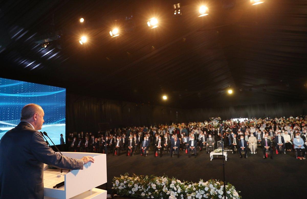 Cumhurbaşkanı Erdoğan: Yatırımcıları tehdit ediyorlar #1