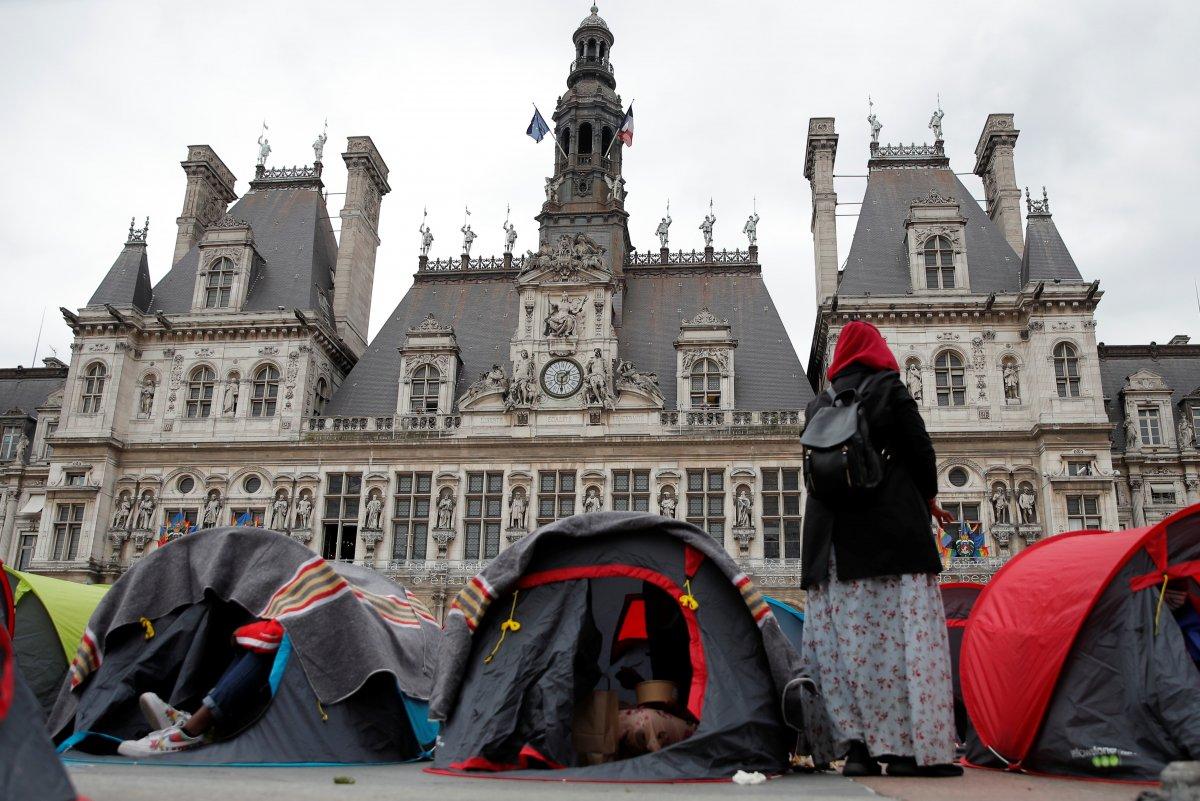 Fransa da göçmenler çadır kurdu #5