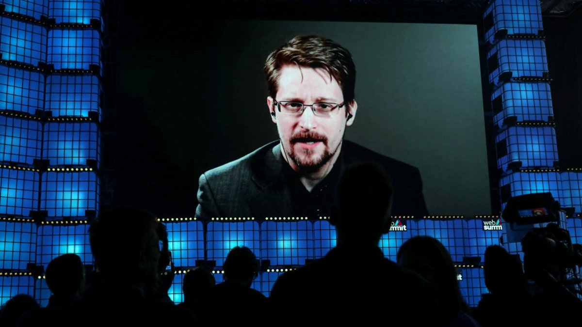 Edward Snowden dan, Julian Assange a: Sıradaki sen olabilirsin #1