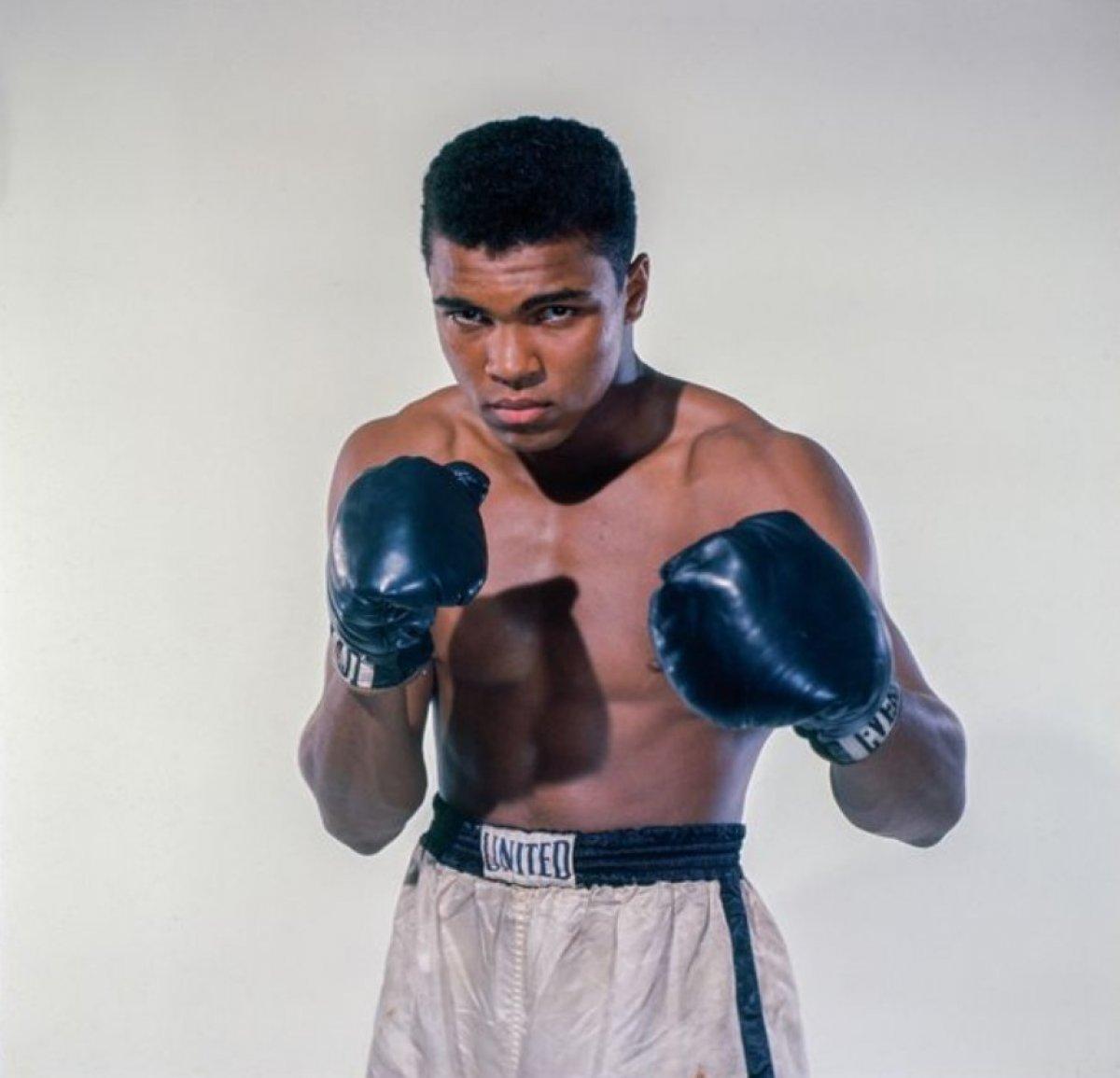 Muhammed Ali nin torunu Nico Ali Walsh, ilk profesyonel boks maçına çıkıyor #1