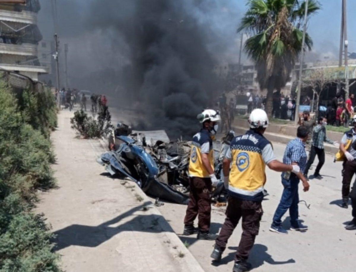 Afrin'de bombalı araç sivilleri hedef aldı  #1
