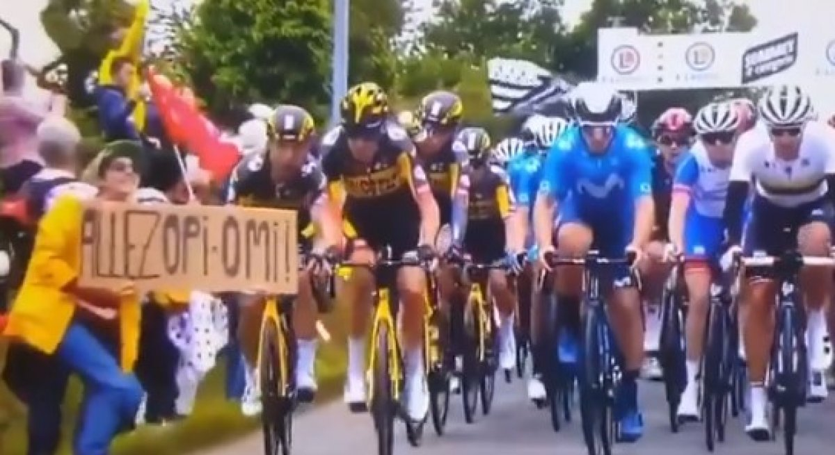 Fransa Bisiklet Turu'nda kazaya neden olan seyirci aranıyor #1