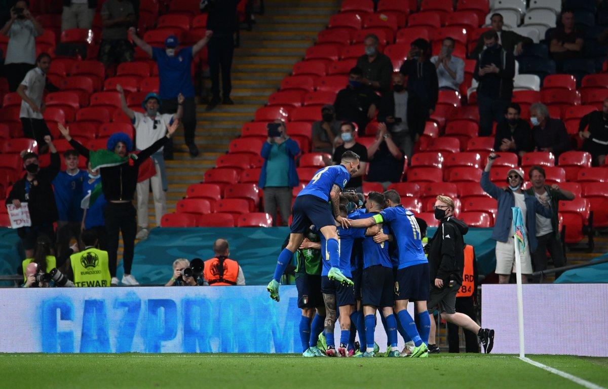 Euro 2020 de Avusturya yı eleyen İtalya çeyrek finalde #6
