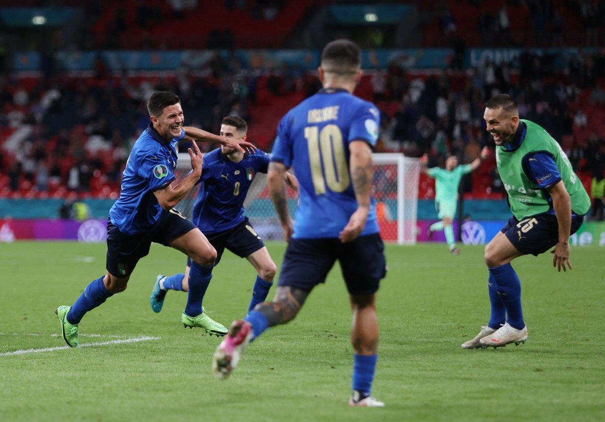Euro 2020 de Avusturya yı eleyen İtalya çeyrek finalde #3