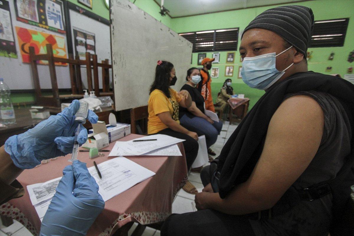 DSÖ den Delta varyantı uyarısı: Aşı olanlar da dikkat etmeli #2