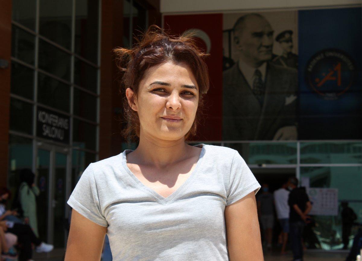 YKS sınavına giren Melek İpek: Bugün daha iyi geçti, bildiklerimi yaptım #1