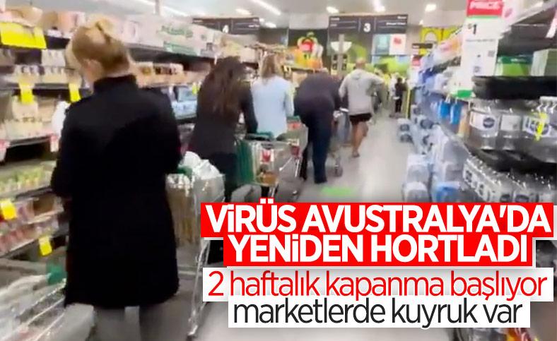 Avustralya'da kapanma öncesi alışveriş kuyruğu