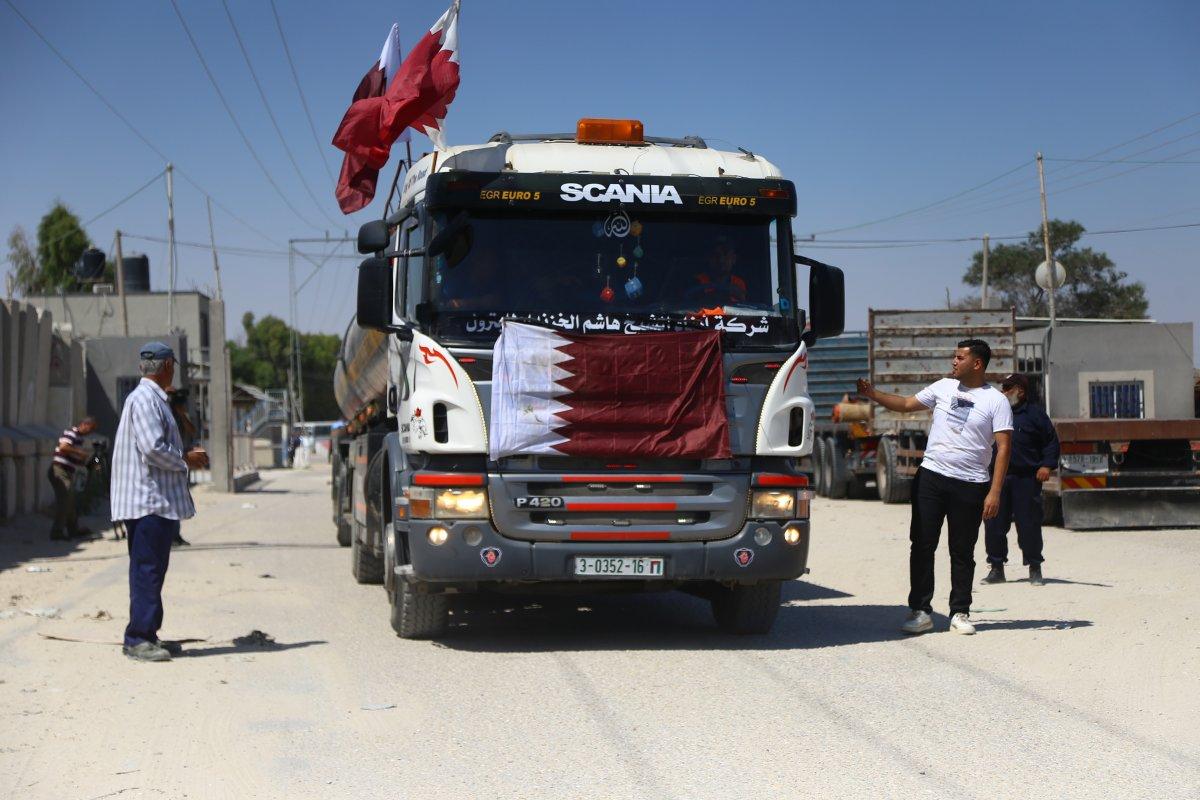 İsrail, Katar yakıtının Gazze Şeridi'ne girmesine izin verdi  #5