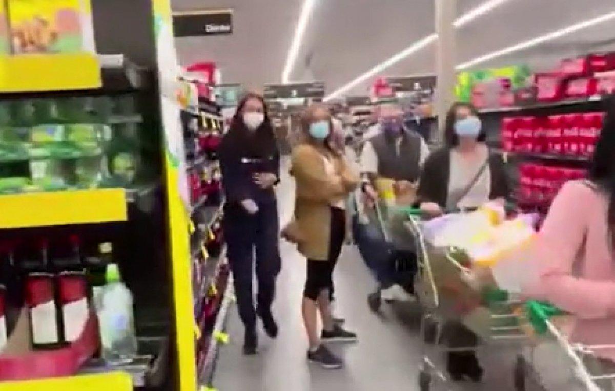 Avustralya da kapanma öncesi alışveriş kuyruğu #3