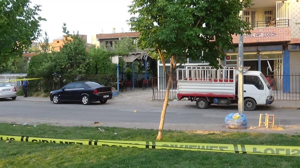 Diyarbakır da iki grup arasında silahlı sopalı kavga #3
