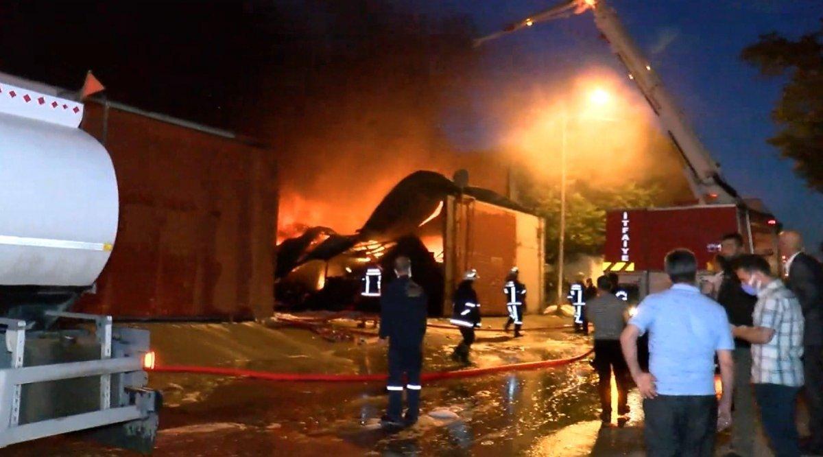 Ankara da atık dönüşüm tesisinde yangın #4