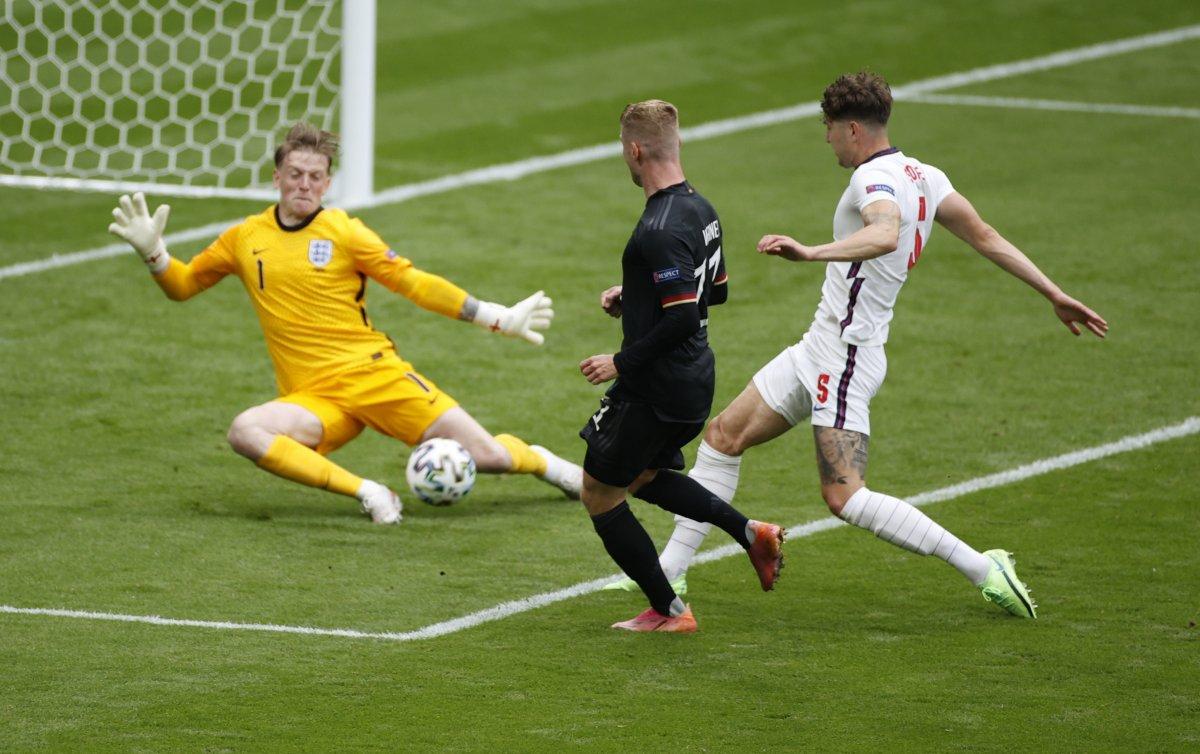 İngiltere, Almanya yı 2 golle geçti #7