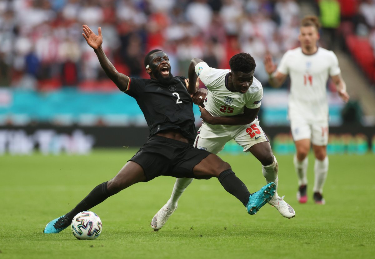İngiltere, Almanya yı 2 golle geçti #6