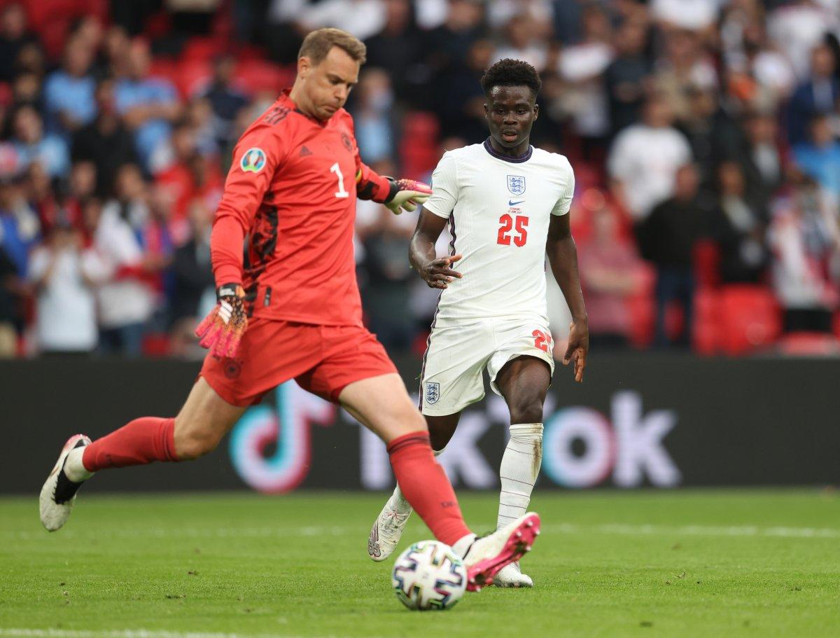 İngiltere, Almanya yı 2 golle geçti #4