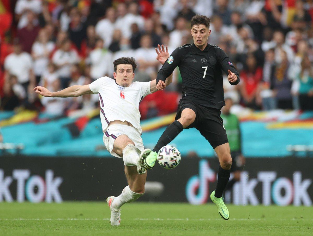 İngiltere, Almanya yı 2 golle geçti #5