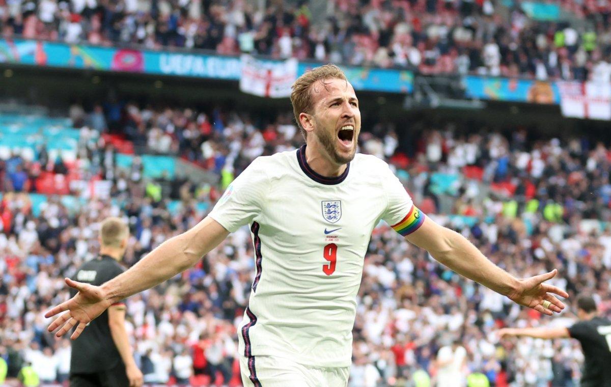 İngiltere, Almanya yı 2 golle geçti #12