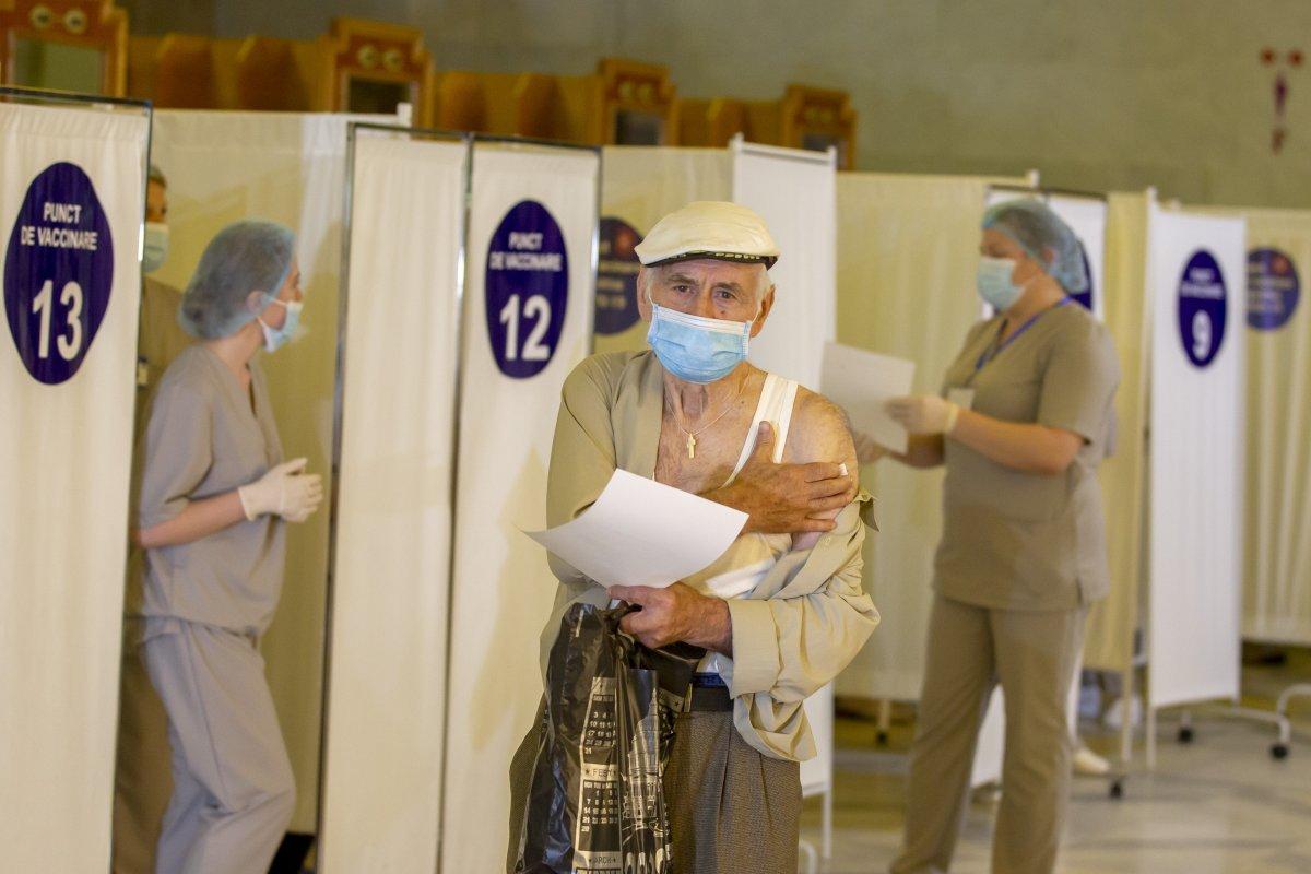 Rusya'da, 24 saatte 652 kişi koronavirüse yenik düştü  #4