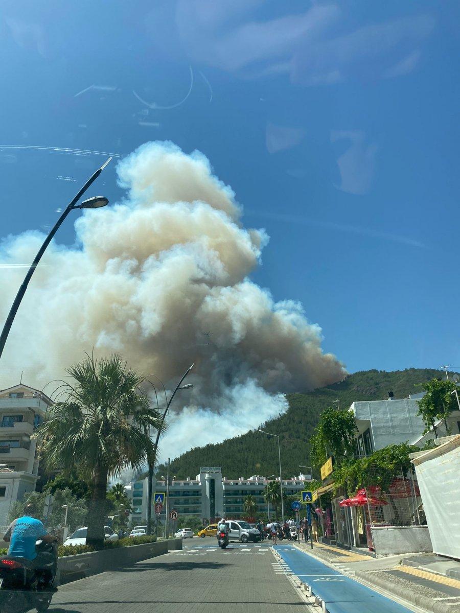 Marmaris teki orman yangınını İHA tespit etti #10