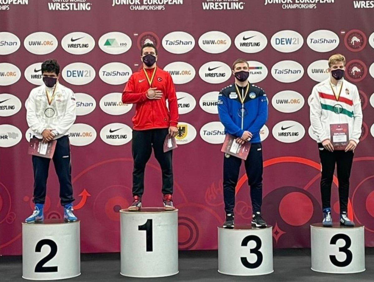 Avrupa Gençler Güreş Şampiyonası nda Polat Polatçı dan altın madalya #1