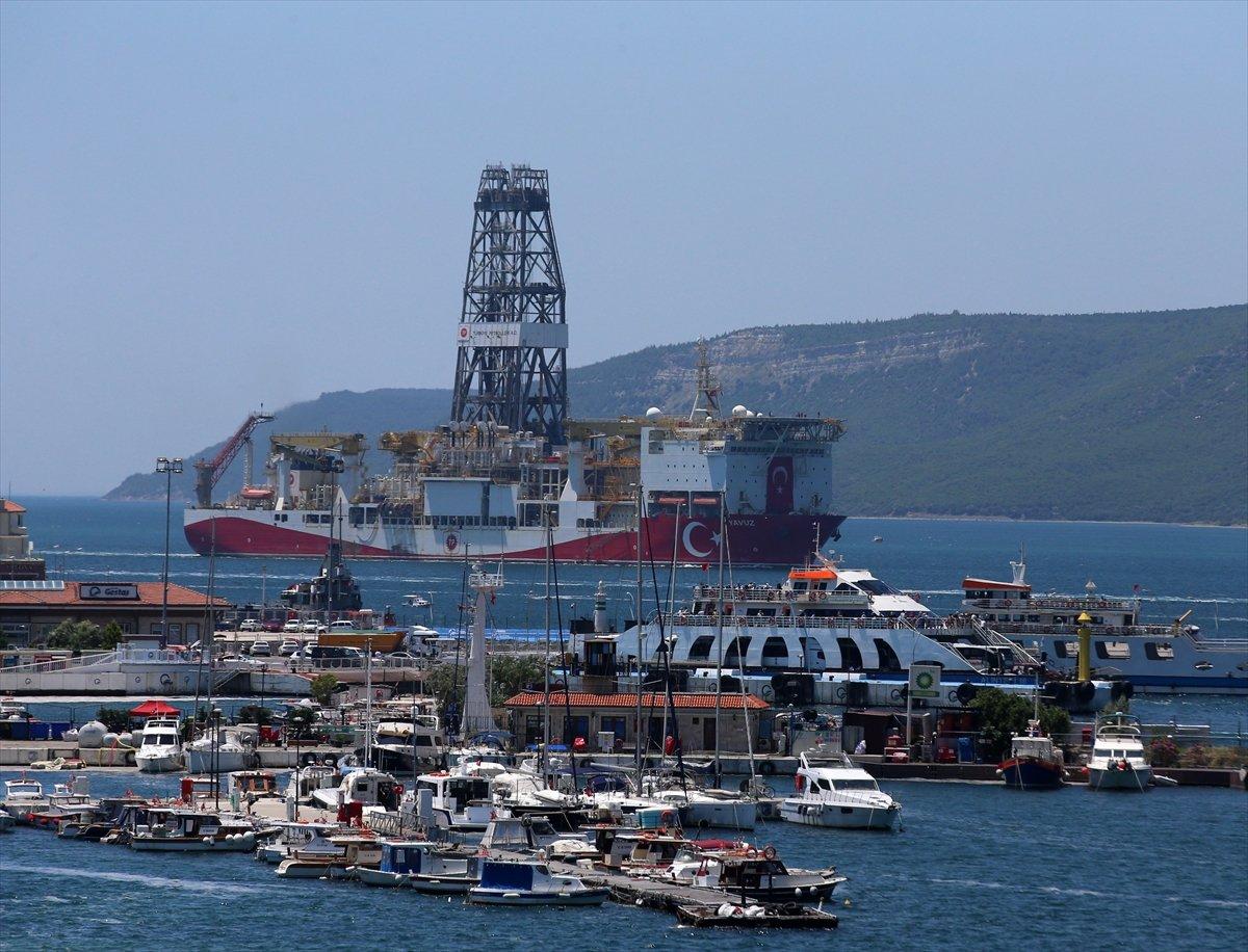 'Yavuz' sondaj gemisi Çanakkale Boğazı ndan geçti #4