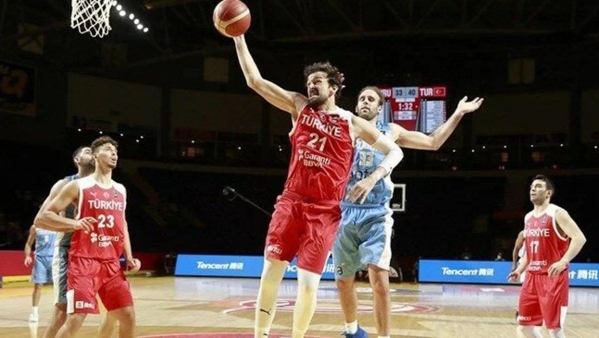 12 Dev Adam, Uruguay ı yendi  #6