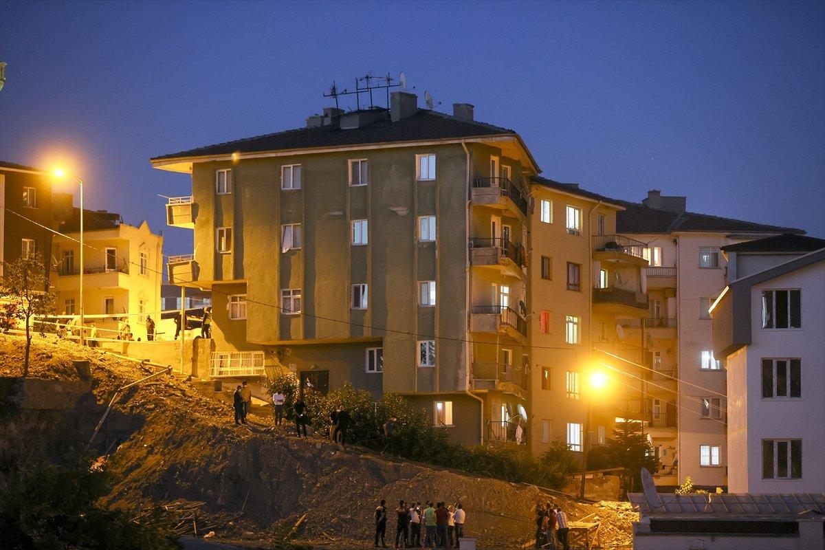 Ankara'da bir binanın temeli kaydı: 5 bina boşaltıldı #5