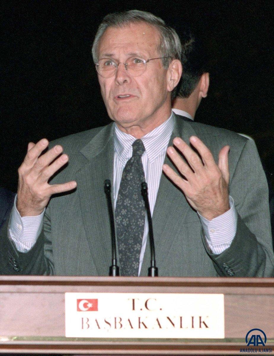 ABD nin eski Savunma Bakanı Donald Rumsfeld öldü #1