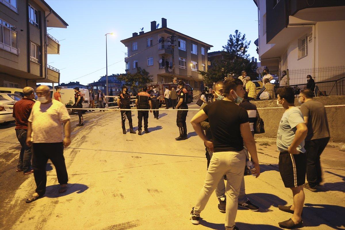 Ankara'da bir binanın temeli kaydı: 5 bina boşaltıldı #6