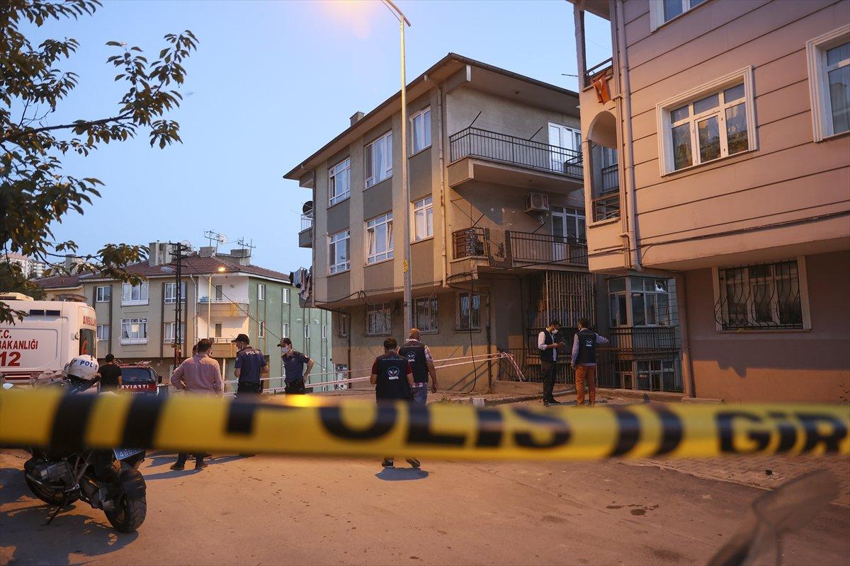 Ankara'da bir binanın temeli kaydı: 5 bina boşaltıldı #3