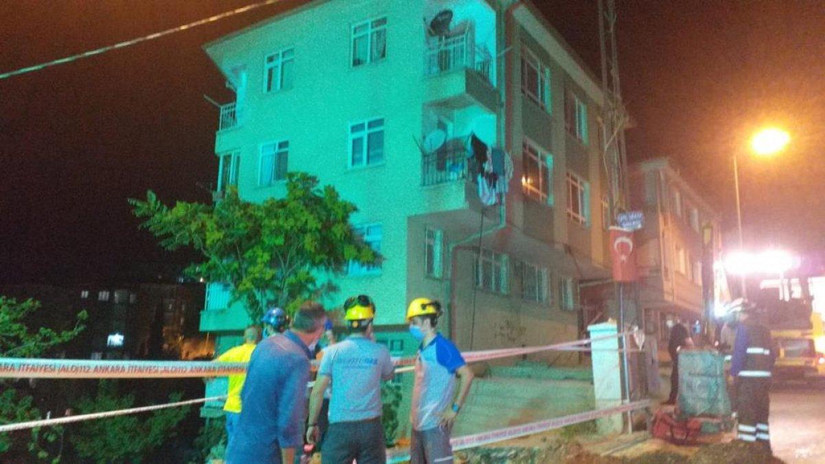 Ankara'da bir binanın temeli kaydı: 5 bina boşaltıldı #1