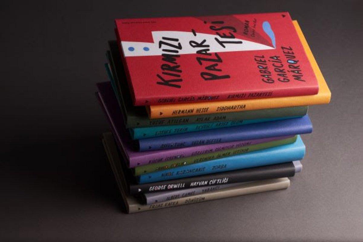 Sevilen kitaplar şömizli özel ciltleriyle raflarda #2