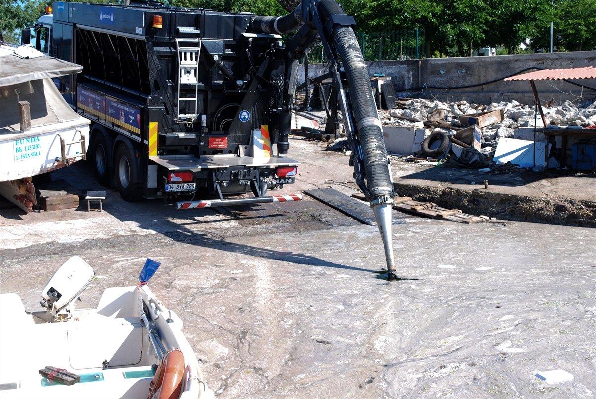 Murat Kurum: 22 günde 8 bin 867 metreküp müsilaj temizlendi #2