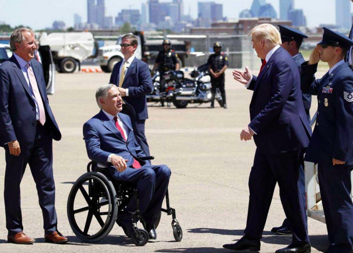 Donald Trump, Teksas'ta durdurulan sınır duvarı inşaatında konuştu #2